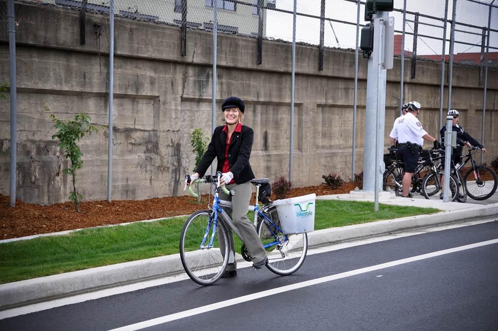 Bike Helmets: Pro-Cute, Anti-Ugly